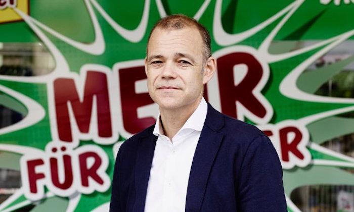 Mark Ineichen vor einer seiner gut laufenden Radikal-Filialen.
