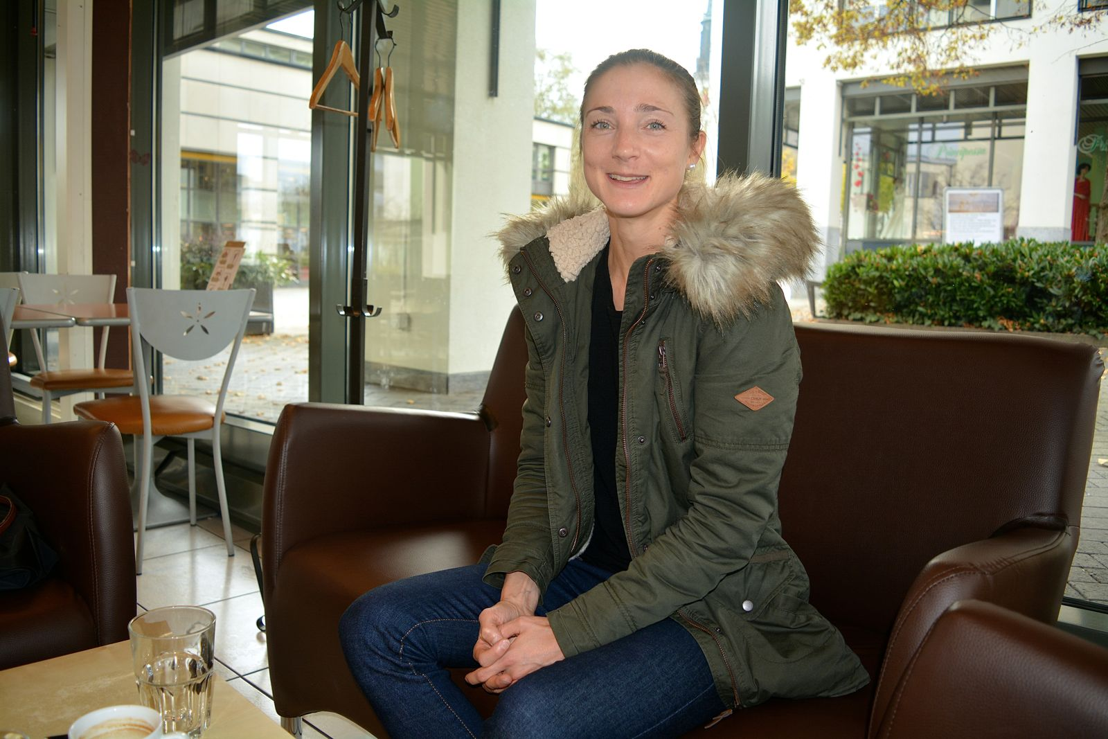 Wir trafen Susanne Rüegger im Café Luzia in Cham.
