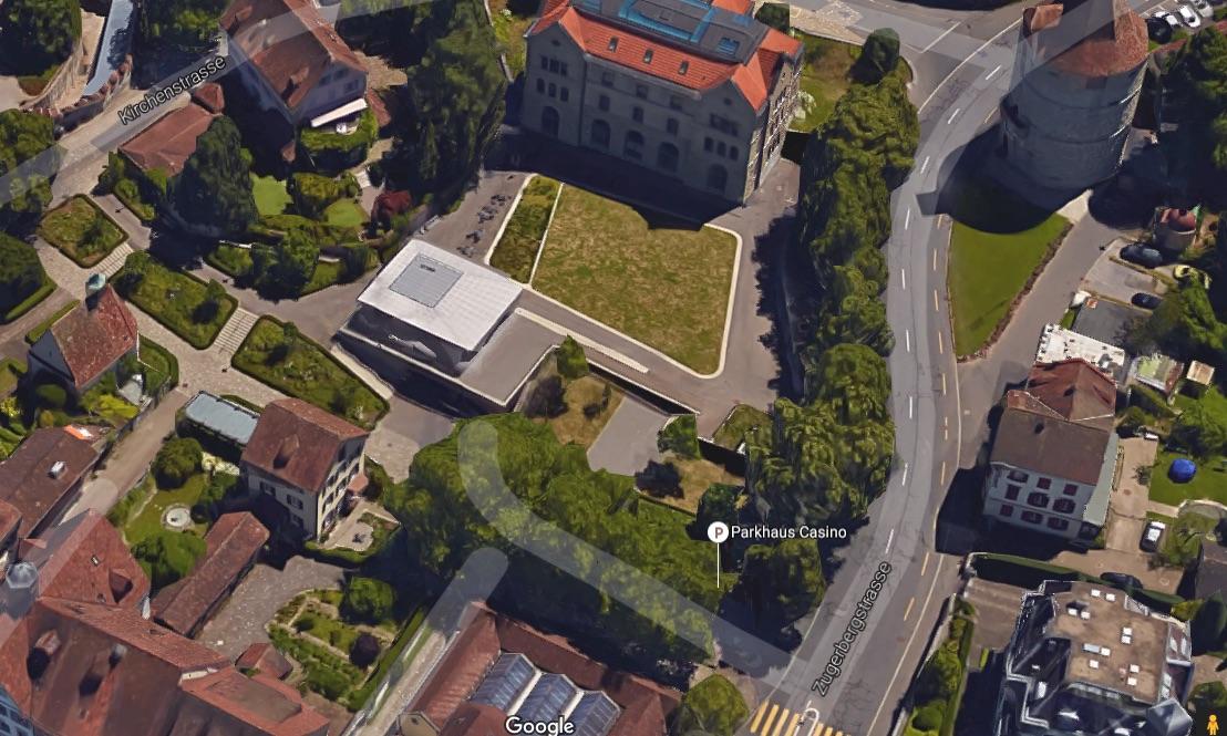 Mitten in Zug liegt das Parkhaus Casino, und damit auch die alte Zivilschutzanlage.