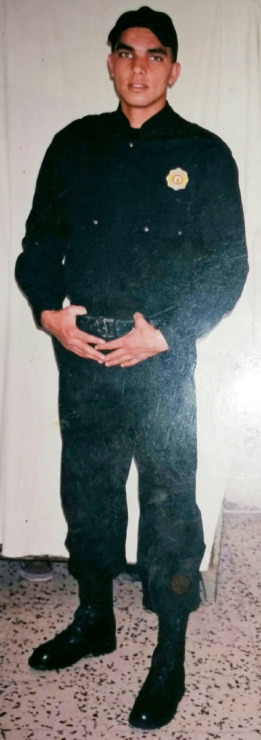 «Da war ich noch jung»: Mehdi Grond als Polizist in Tunesien.