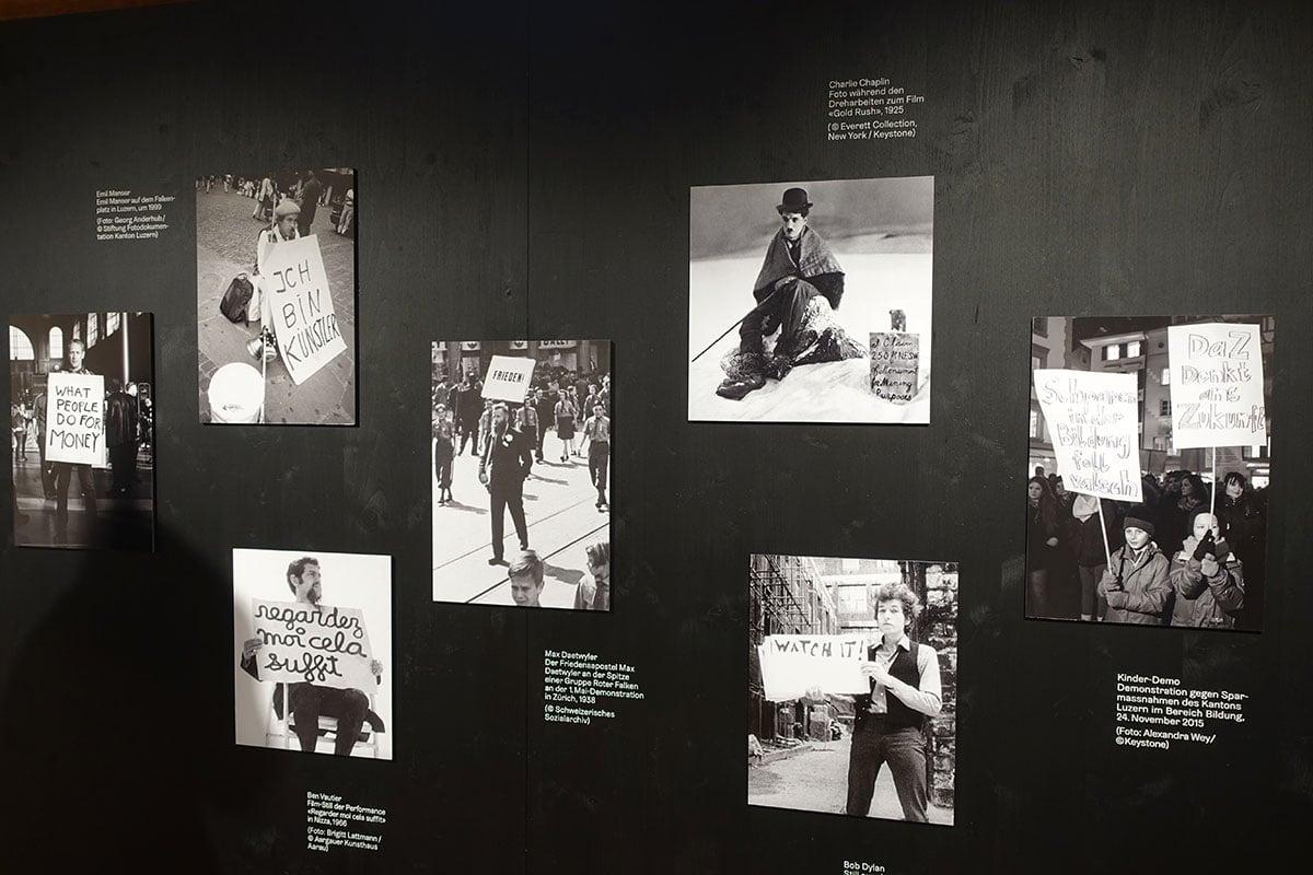 Emil Manser in bester Gesellschaft: Tafel im Eingangsbereich des Museums.