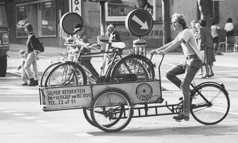 Cyrill Wiget, hier auf einem Foto aus den 80er-Jahren, gilt mit seiner Firma Velociped als Pionier in Sachen Velos.