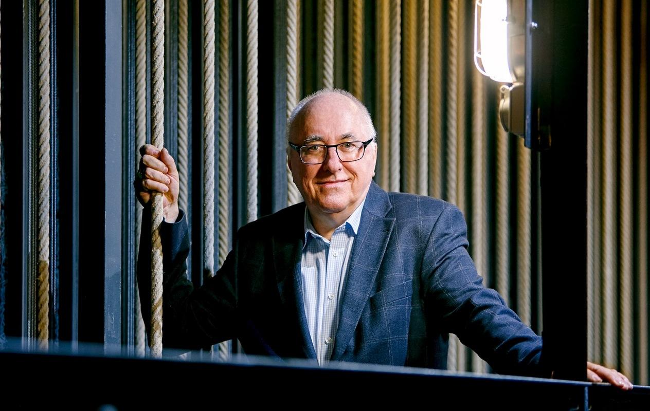 Der Zürcher Hans-Jörg Huber wird die Bühnentechnik im Theater Casino Zug auf den neusten Stand bringen.