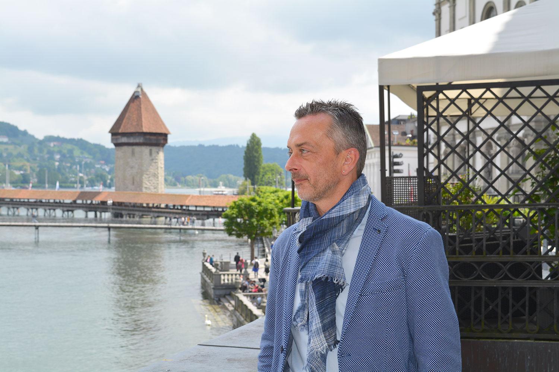 «Ich startete und hatte fast nur Sitzungen»: Stefan Sägesser ist seit einem Jahr kantonaler Kulturchef. (Bild: jwy)