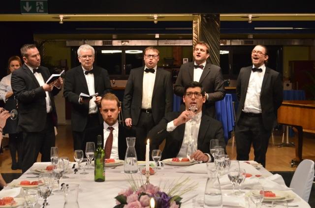 «Das Fest»: Die Produktion vom Theater Nawal wird besser, je schlimmer die Handlung sich zuspitzt.