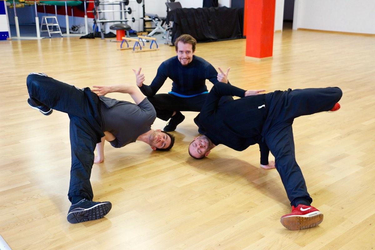 Nicht nur breakdancen, auch Posen können sie, die Artisten von «Dirty Hands».