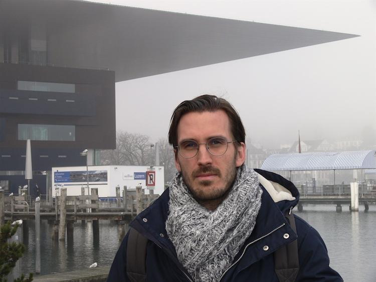 Der Wahlzürcher Yves Bossart vor dem KKL. Der 33-Jährige ist im Würzenbachquartier in Luzern aufgewachsen.