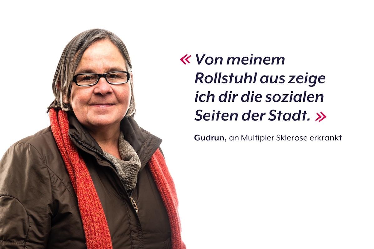 So wirbt «Abseits Luzern» für ihre Stadtrundgänge. Gudrun führt die Gruppen im Rollstuhl durch Luzern – sie leidet an Multipler Sklerose.