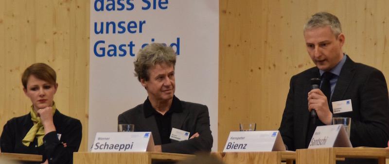 Modedesignerin Melanie Kunz, Werner Schaeppi, Kommunikation Mall of Switzerland, und Hanspeter Bienz, Mitglied des Gewerbevereins und Gemeinderat in Ebikon.