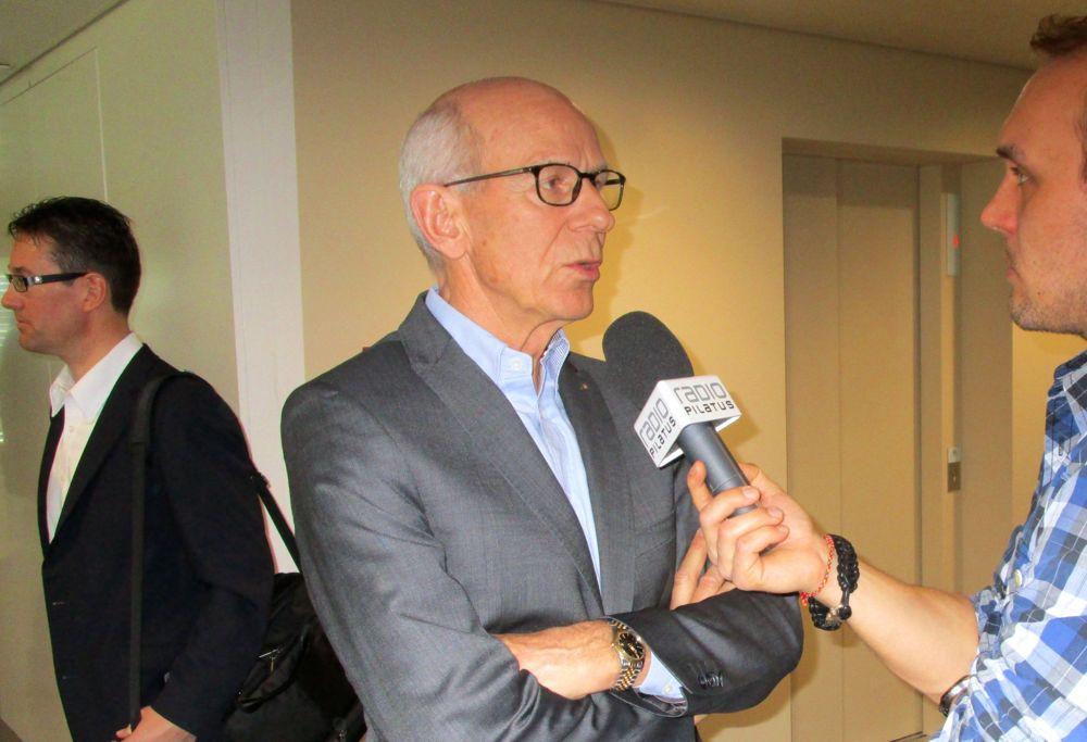 Fritz Studer, langjähriger CEO der Luzerner Kantonalbank (Mitte), hat den Lead im Initiativkomitee Parkhaus Musegg.