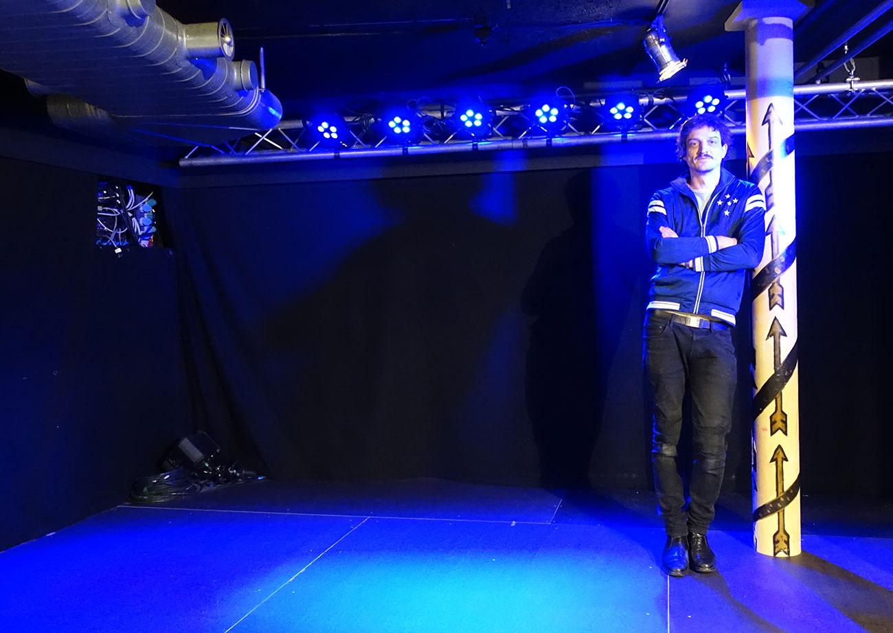 «Bands sollen auf uns zukommen, wenn sie hier spielen wollen»: Marco Liembd auf der neuen Schüür-Bühne.