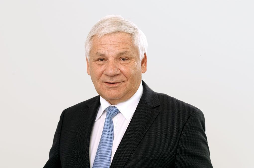 Der Zuger Alt-Ständerat Rolf Schweiger (FDP) setzt sich für die Zukunft von «Doku-Zug» ein. Er hat die Gründung der Stiftung vorbereitet.