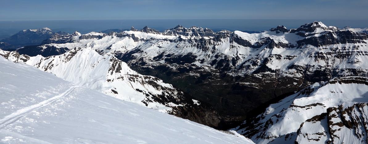 Seitenblicke reichen über das Lidernen-Gebiet hinaus und bis zur Rigi. (Foto: Fabian Duss)