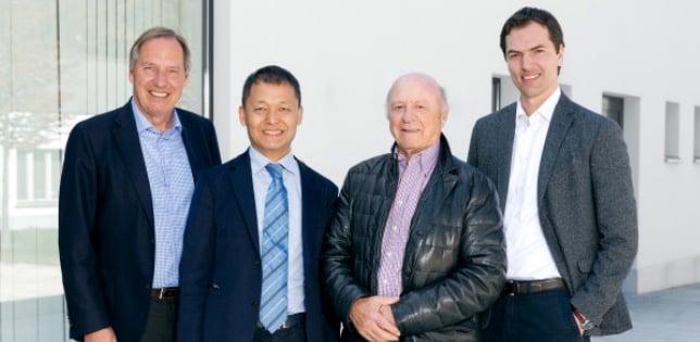 Der Verwaltungsrat der Eberli Sarnen AG. Von links: Verwaltungsratspräsident Toni Bucher, der chinesische Investor Yunfeng Gao, Ehrenpräsident Toni Eberli und Alain Grossenbacher.