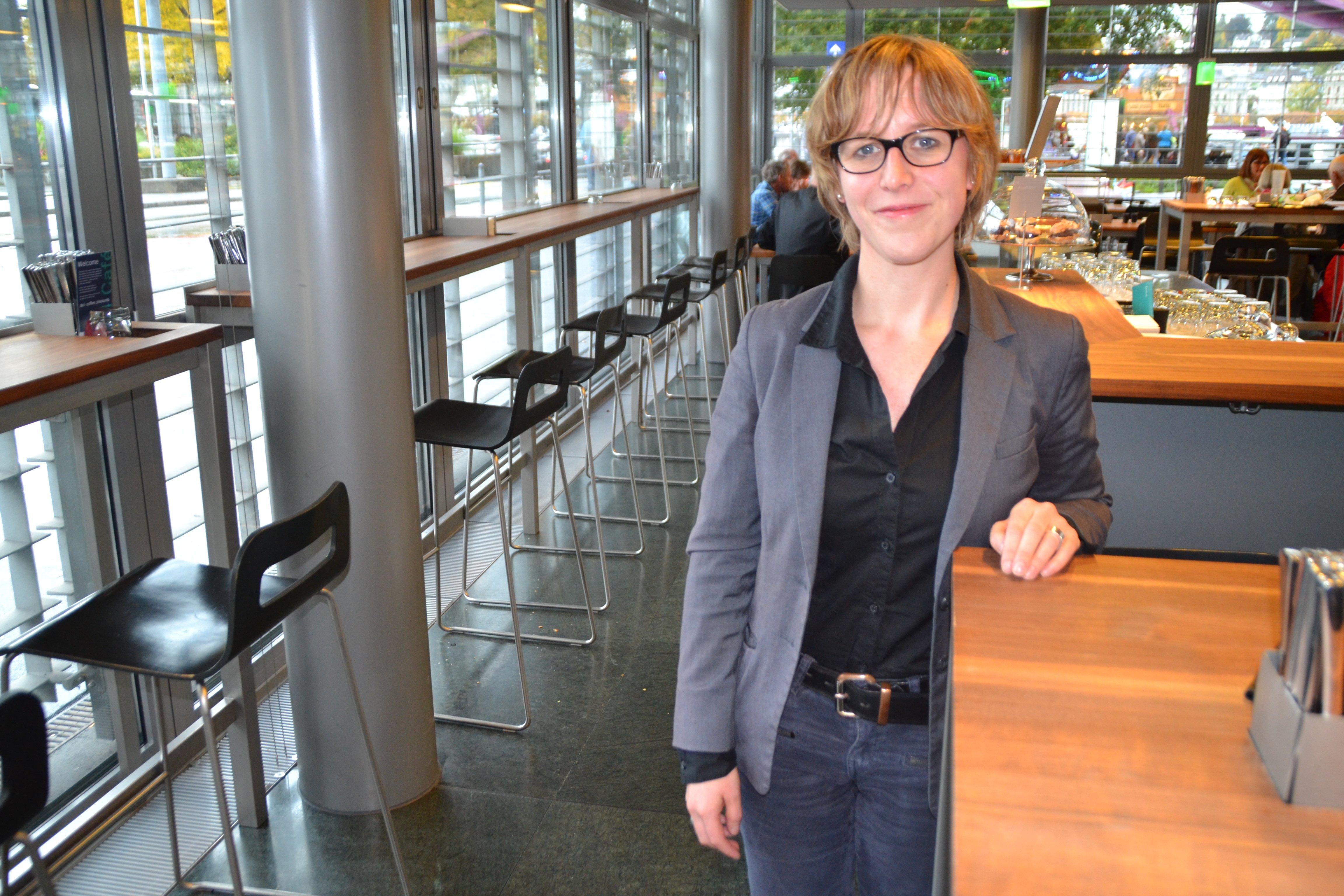 Barbara Gysel von der Zuger SP vermisst das Staatsmännische im Handeln der beiden Regierungsräte.