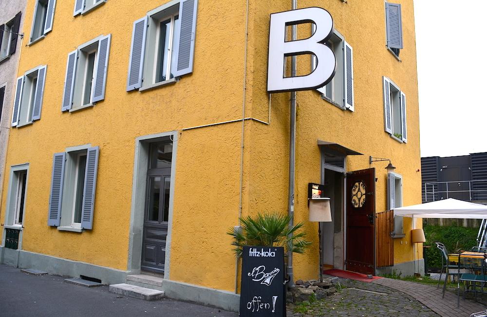 Das grosse «B» an der Lädelistrasse 6 bleibt. Aus der Bar Berlin wurde El Barrio.