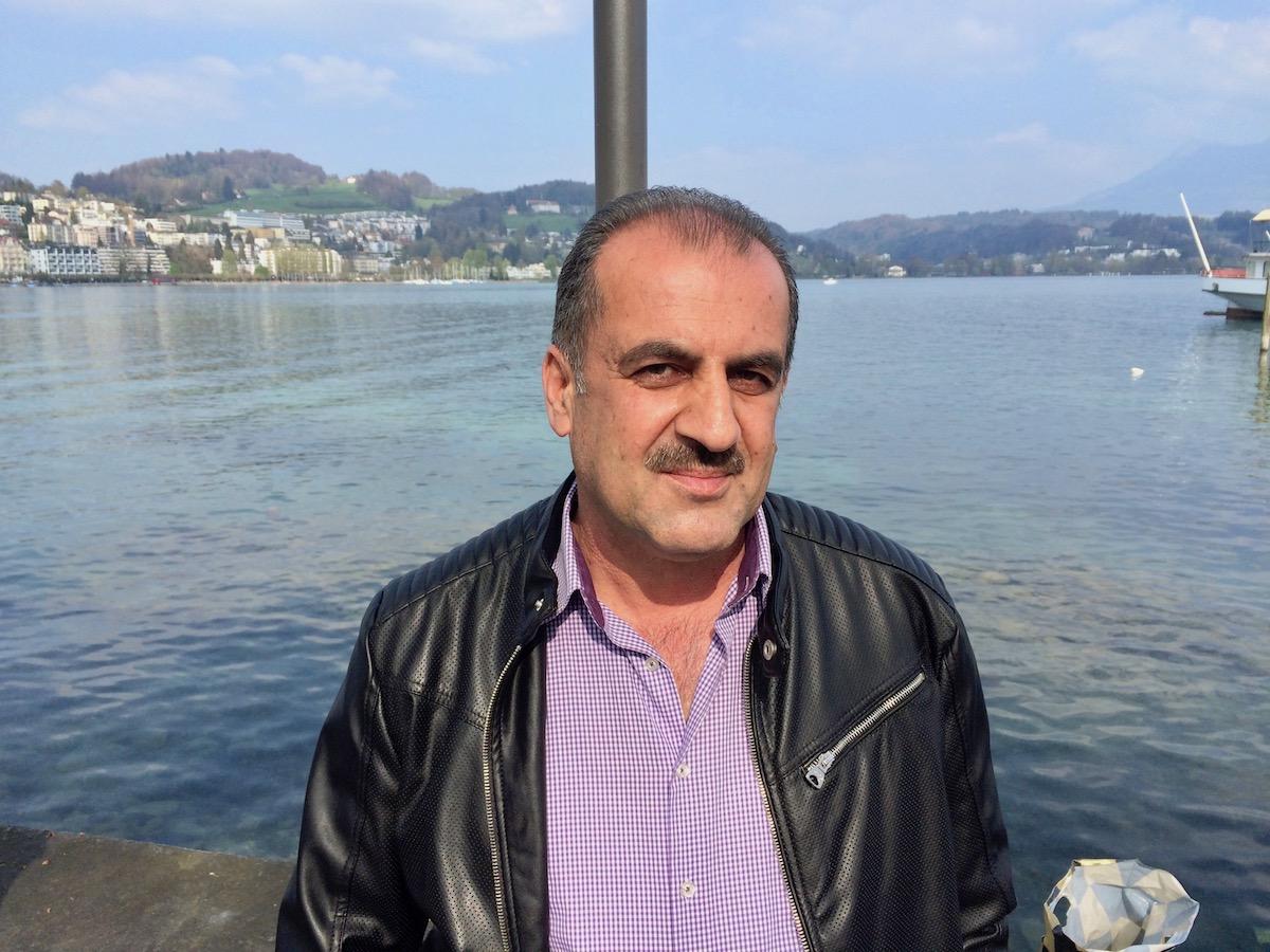Mahmud Ali fährt mit seiner Frau nach Deutschland.