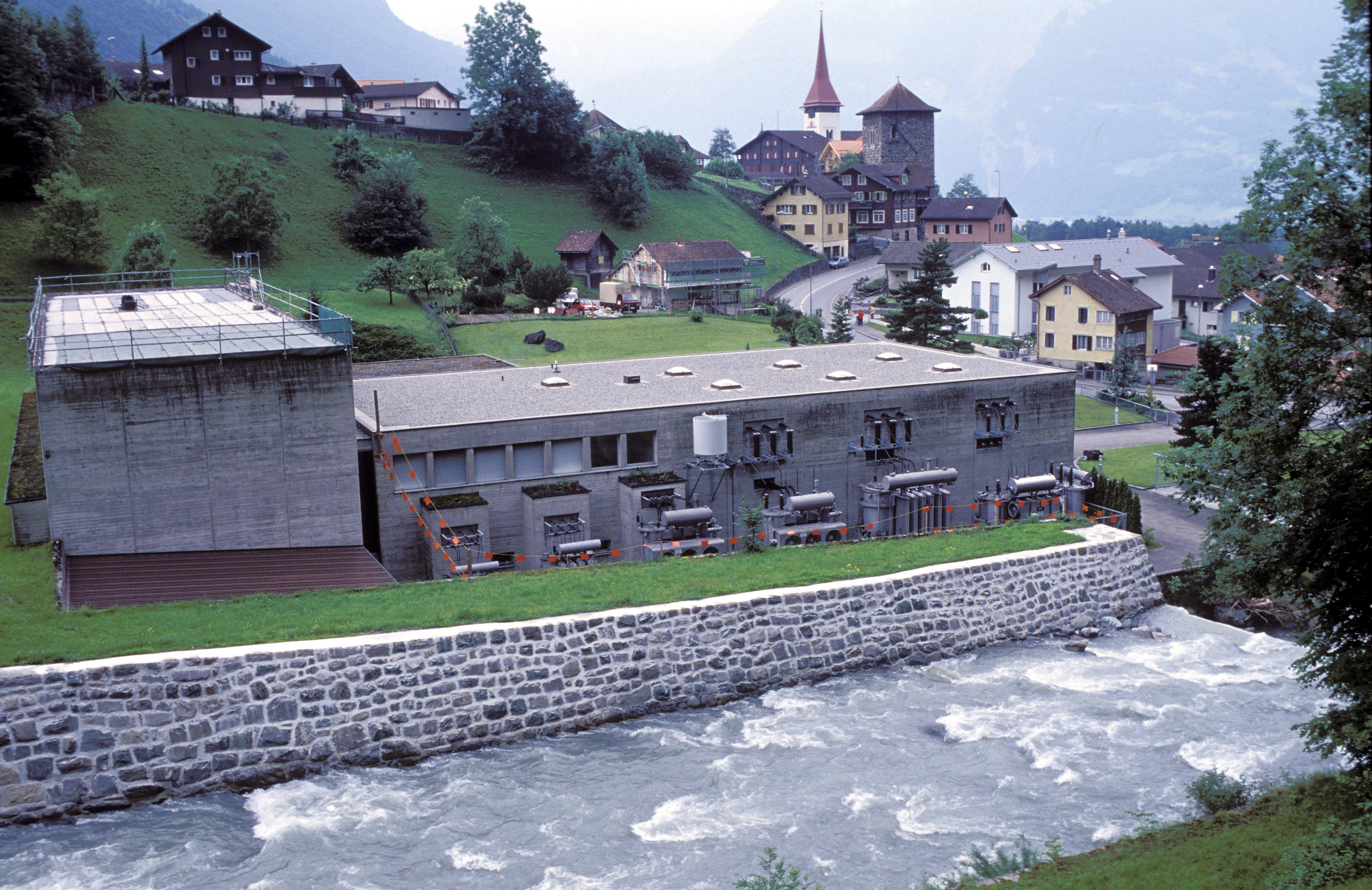 Kraftwerk in Bürglen, Uri. Das Elektrizitätswerk Altdorf ist eine 100-prozentige CKW-Tochter und erzeugt viel Strom aus Wasserkraft.