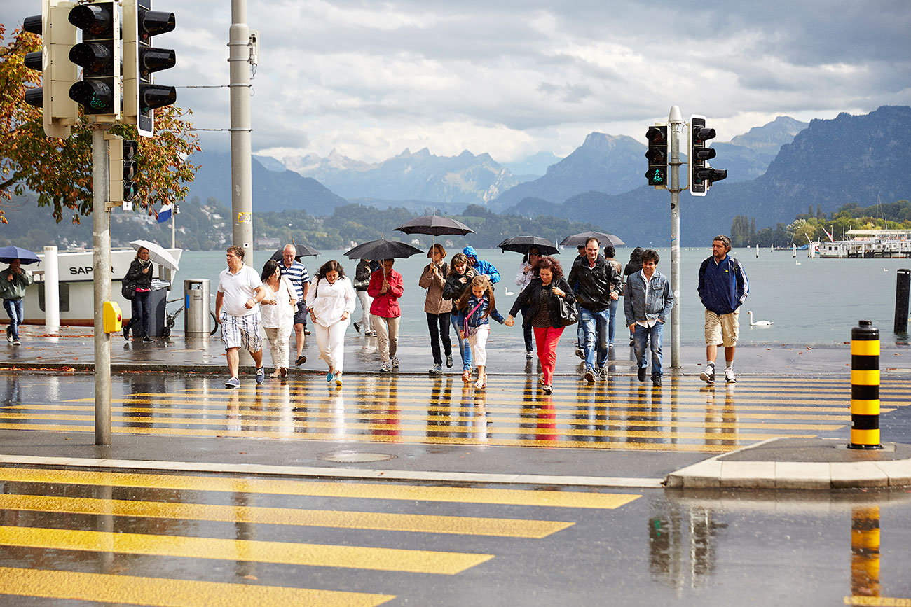 Hier muss man lange warten, bis es grün wird: Fussgängerstreifen beim Schwanenplatz in Luzern. (Emanuel Ammon/AURA)