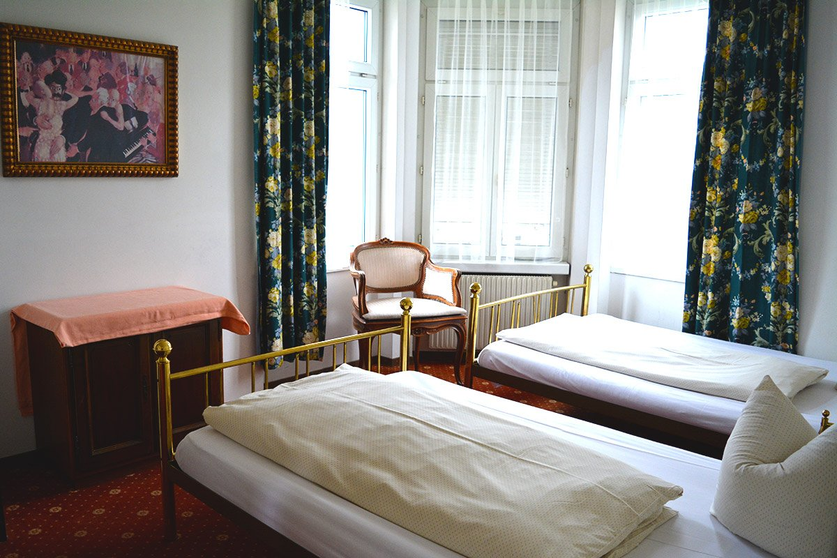 Ein Hotelzimmer im Hotel-Restaurant Central.