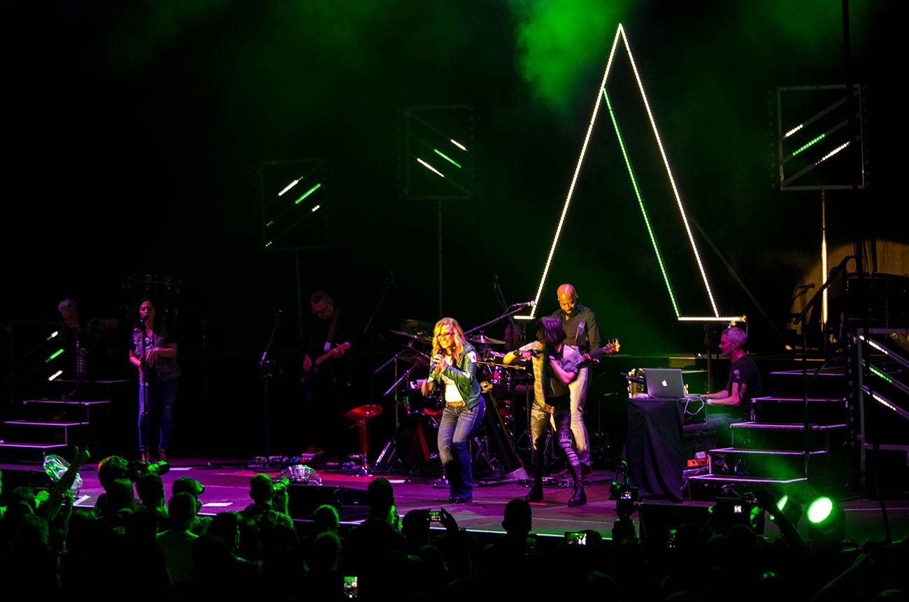 Anastacia und Band überzeugte, zogen aber wenig Publikum an.