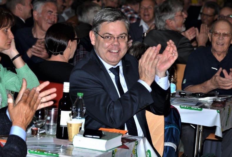 Nationalrat Franz Grüter an einer SVP-Versammlung.