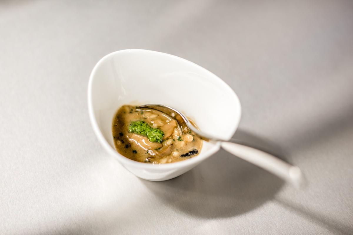 Ein thailändisch inspiriertes Risotto ai funghi von Anton Mosimann.
