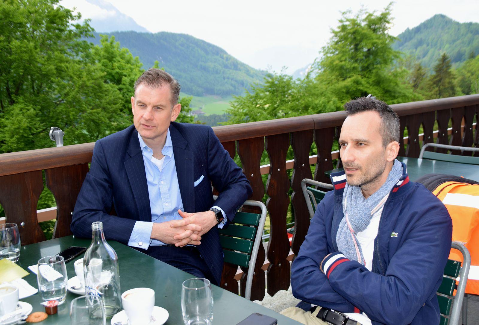 Resort-Direktor Robert Herr (l.) und Mediensprecher Raphael Amrein.