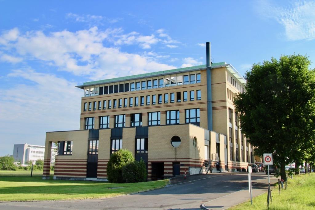 Das Bürogebäude an der Blegistrasse 9 in Rotkreuz finden wir optimierungswürdig.