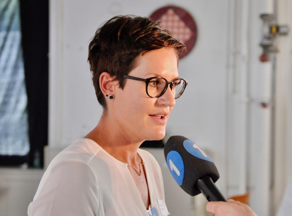OK-Präsidentin Corinne Imbach gibt gegenüber den Medien Auskuft über das Luzerner Fest.