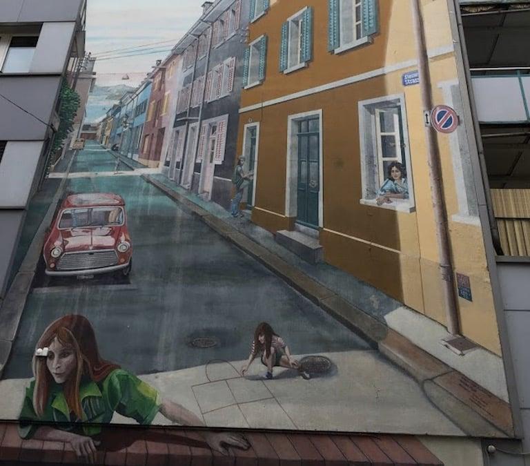 Das grosse Wandgemälde in der Steinenstrasse in Luzern. (Bild: Ondrej Michal)