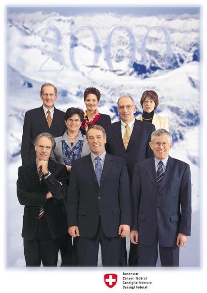 Das erste Bundesratsfoto, auf dem Annemarie Huber-Hotz dabei ist.