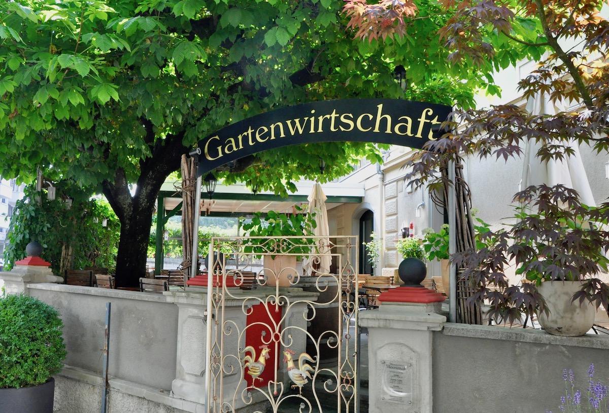 Die Gartenwirtschaft des Restaurant Moosmatt.