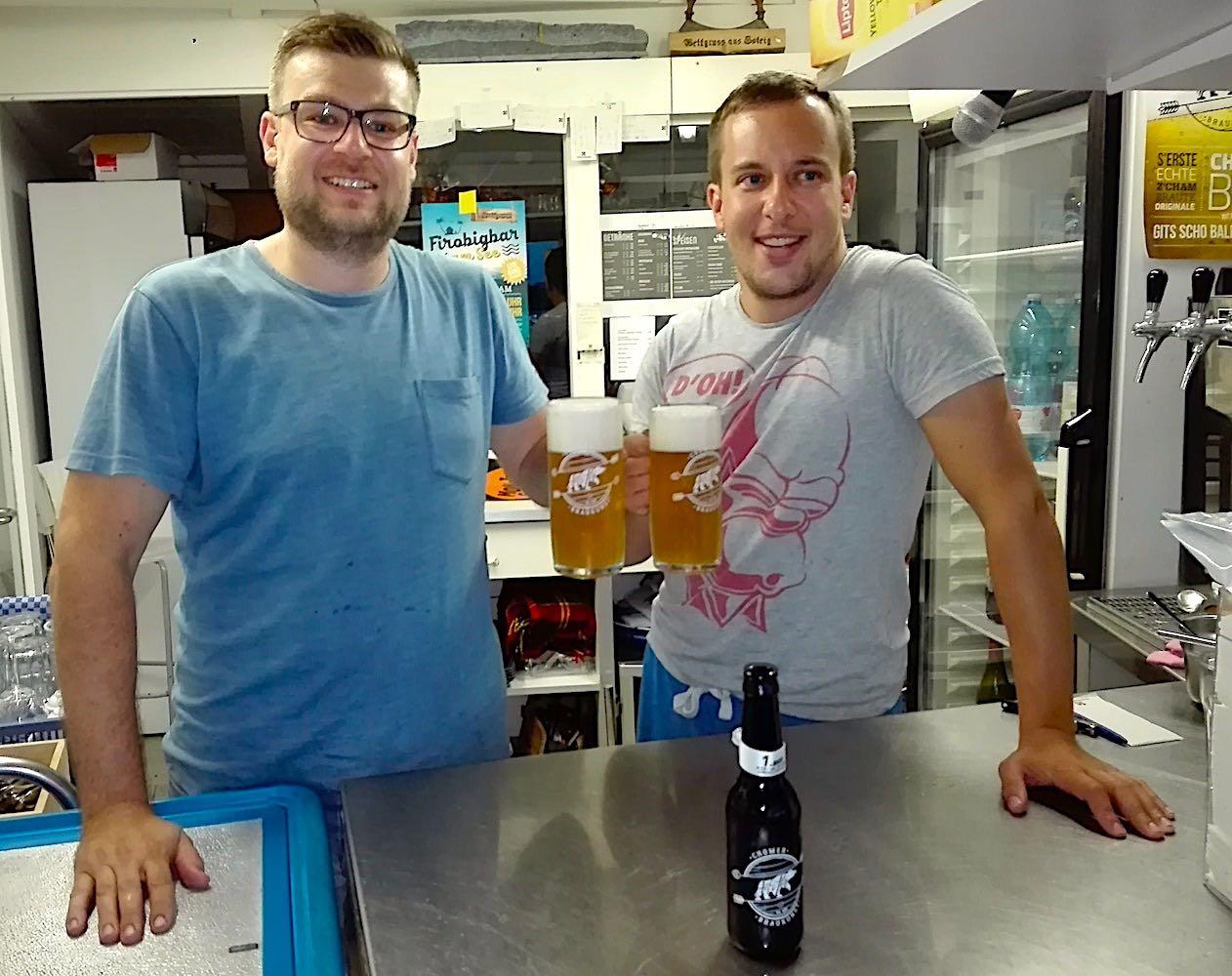 Erol Karadag (links) und Roger Wyss sind die Macher des Chomer Bier.