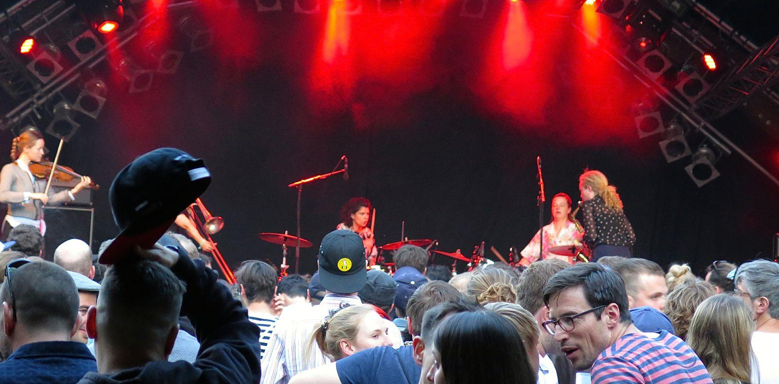 Die dänische Band Selvhenter «überforderte» das Publikum masslos.