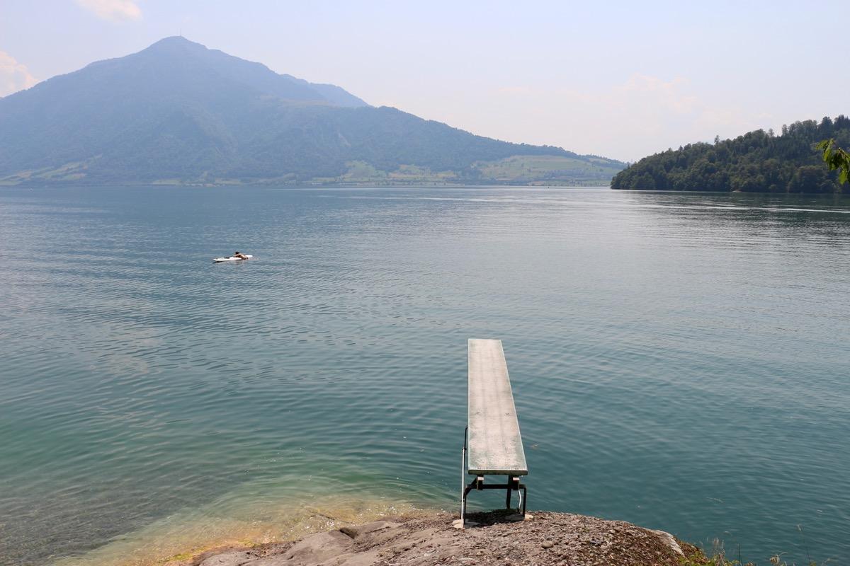Hupf in den See mit Blick auf die Rigi. Was will man mehr?