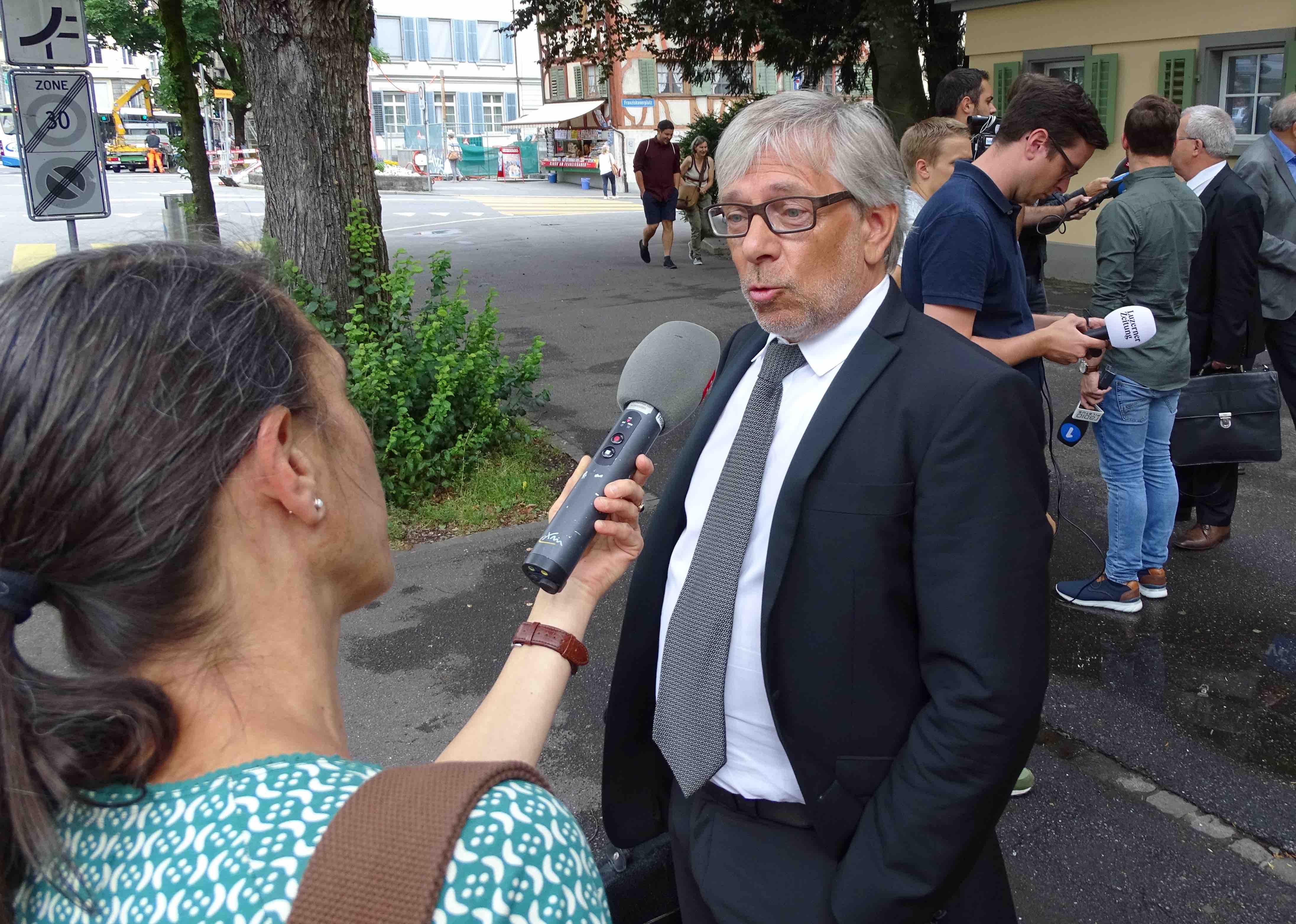 Beat Hess, Anwalt von Daniel Bussmann, im Interview nach der Urteilsverkündung.