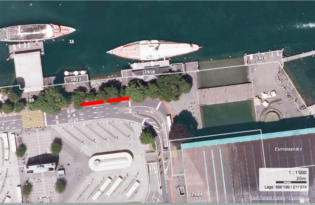 Auch beim Restaurant «Luz», gleich bei der Schifflände, könnten Cars künftig vermehrt anhalten.