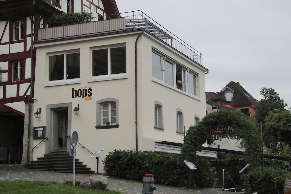 Das Restaurant am Fischmarkt 2 in Zug heisst neu «Hops One.»