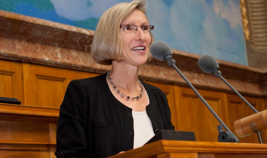 Prisca Birrer-Heimo im Nationalratssaal.