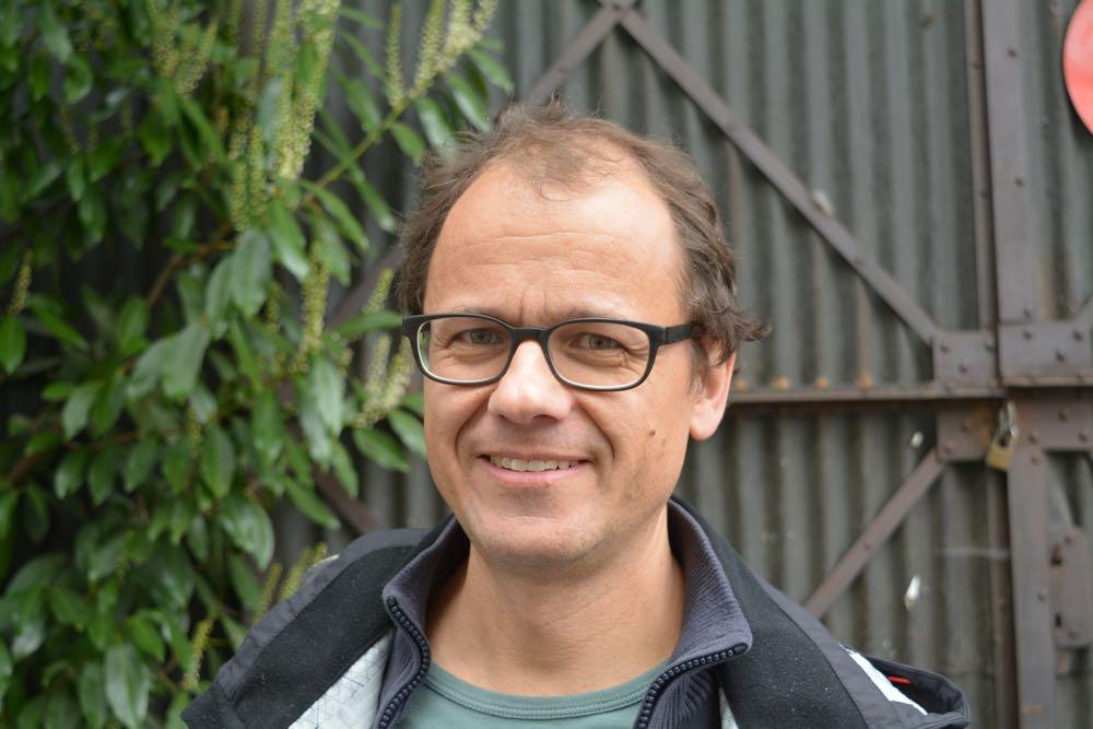 Architekt Cla Büchi war mit dem Konzept der Kooperation Industriestrasse beauftragt. Zudem ist er Mitglied der neuen Gemeinnützigen Wohnbaugenossenschaft Industriestrasse Luzern (GWI).