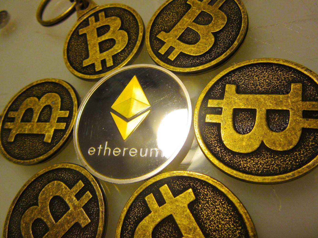 Die Währungen Bitcoins und Ether sind im Hoch.