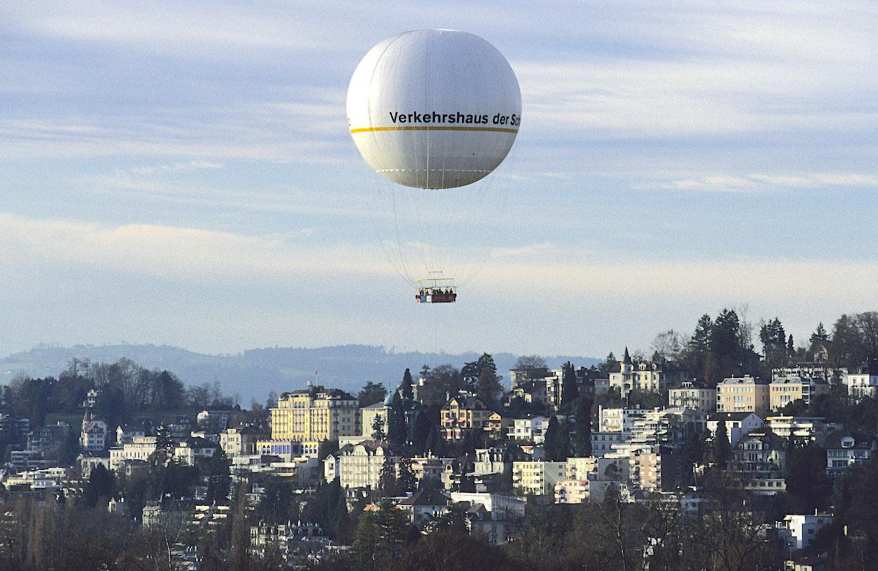 2004 endete ein Unfall mit dem Hiflyer-Ballon des Verkehrshauses für eine indische Touristin tödlich.