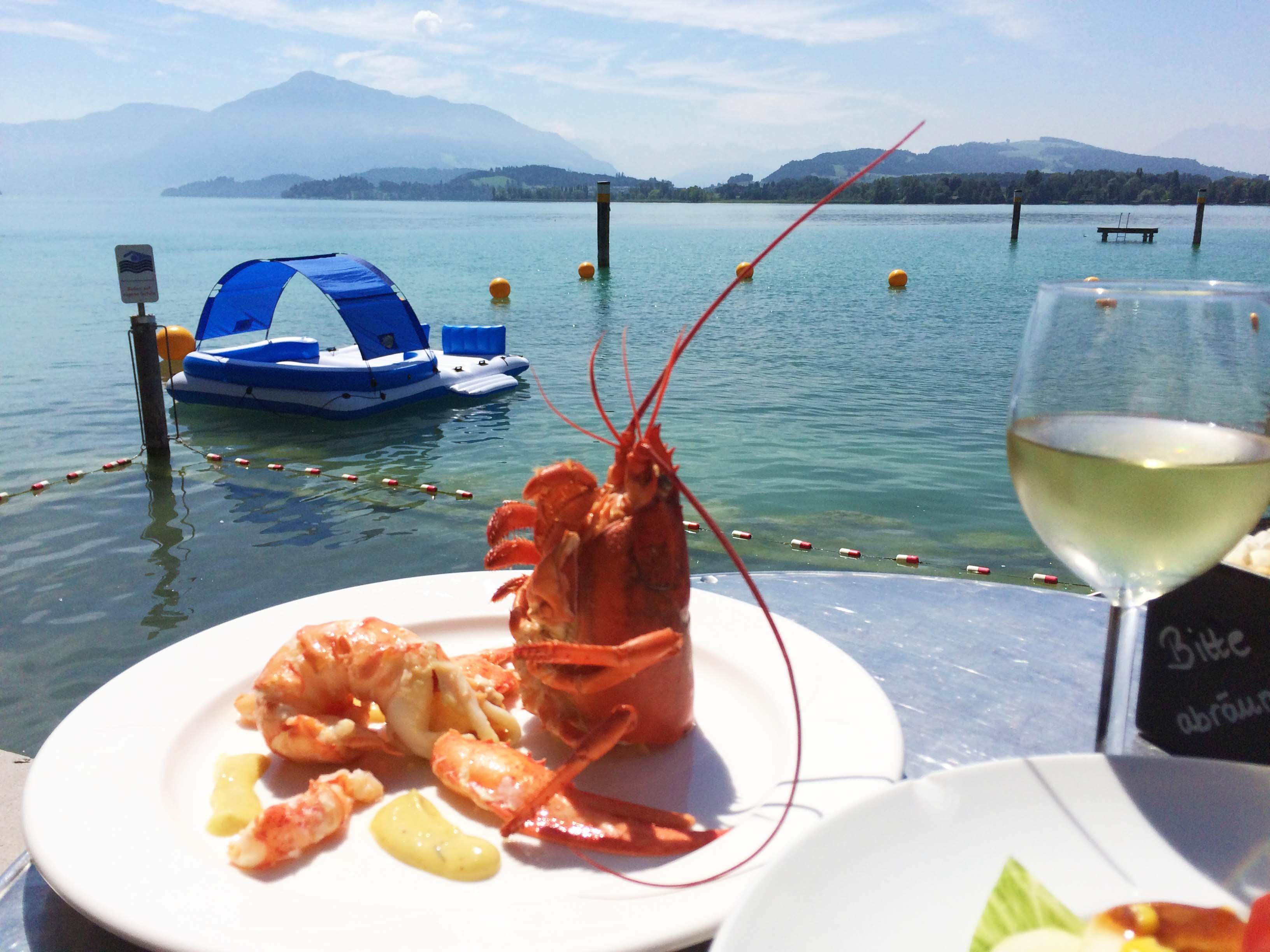 Sogar die Krabbe macht Männchen um die Aussicht zu geniessen.