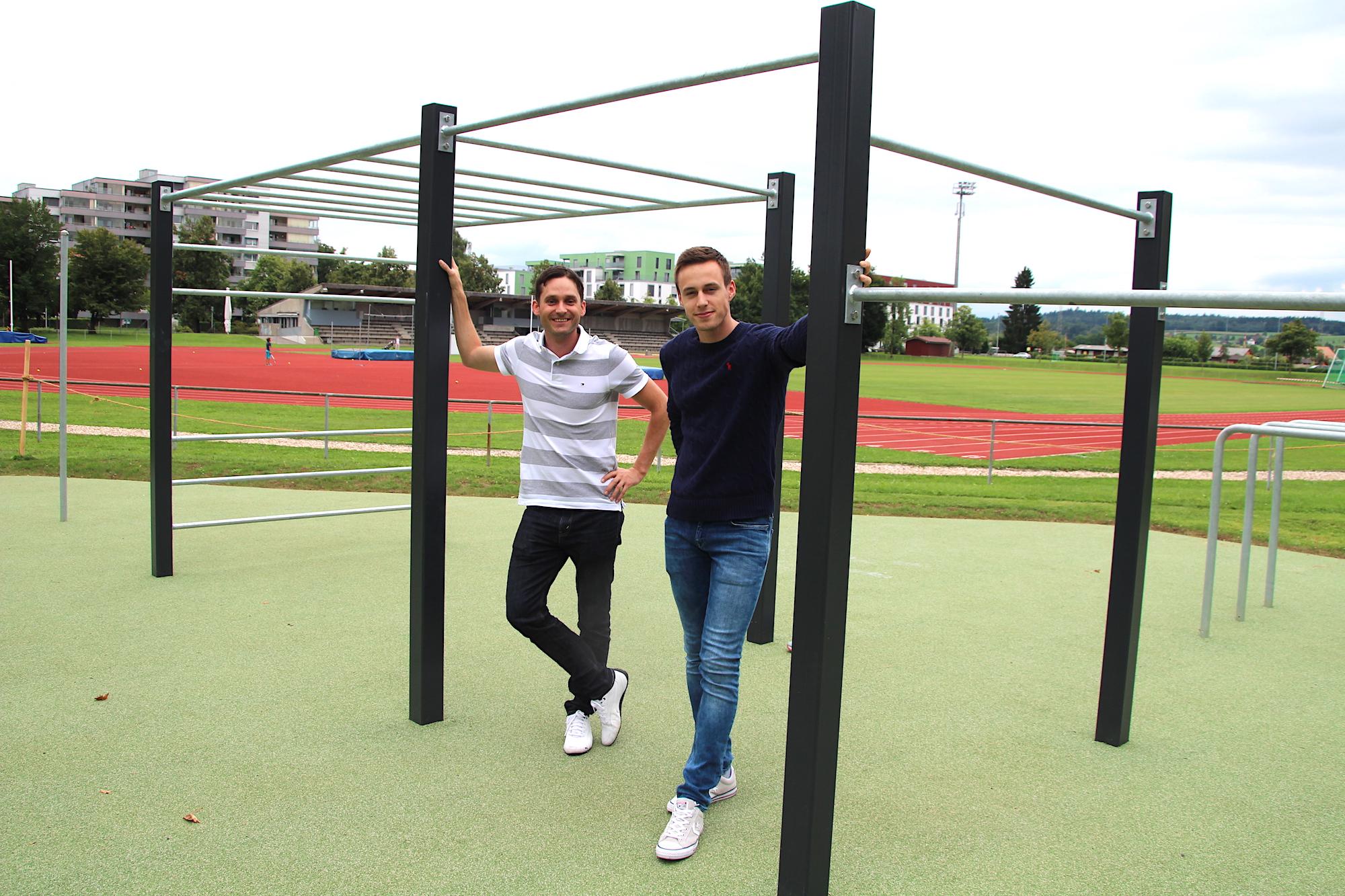 Thomas Felber von der Stadt Zug und Matija Horvat (rechts): Wegen eines Unfalls kann der 21-Jährige derzeit leider nicht trainieren.