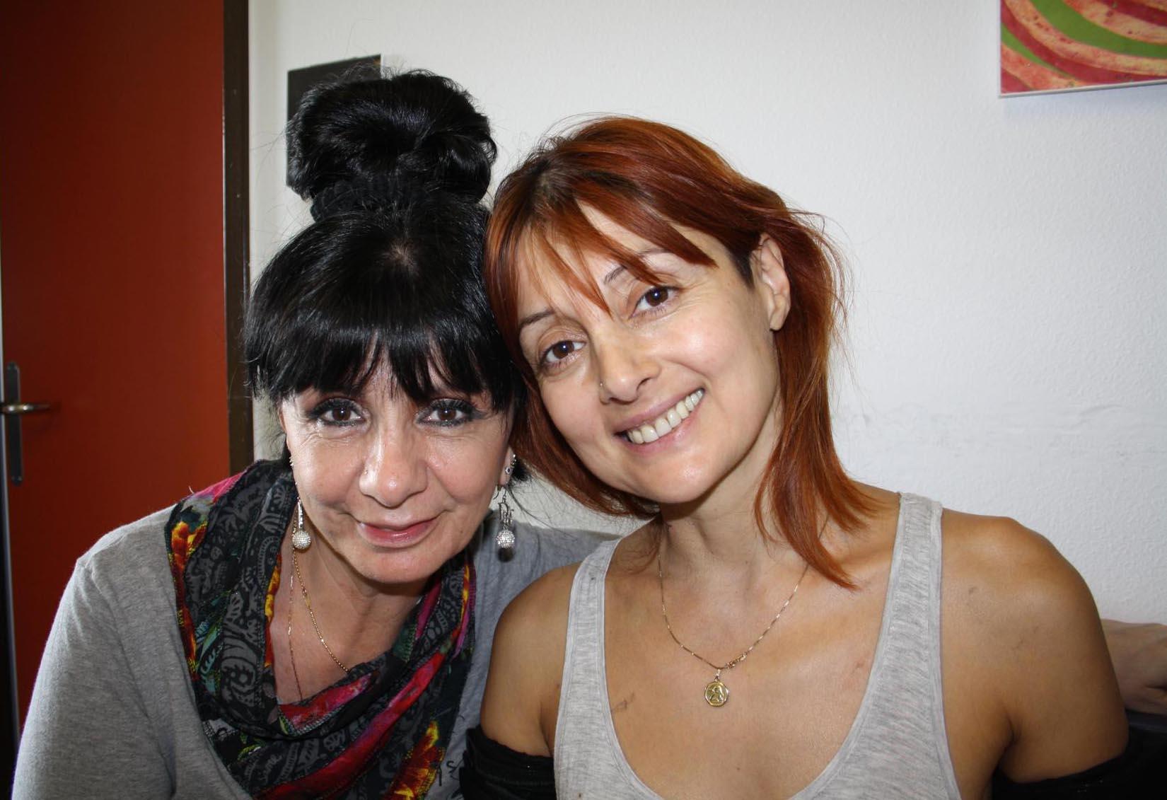 Malvina mit ihrer Tante Fatima