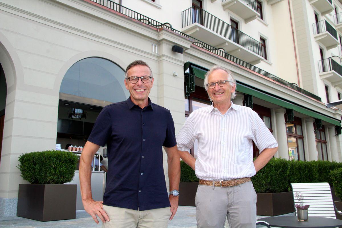 Toni Camenzind (links), Berufsschullehrer aus Zug, mit seinem Kollegen Paul Gut. «Wir finden es toll hier.»