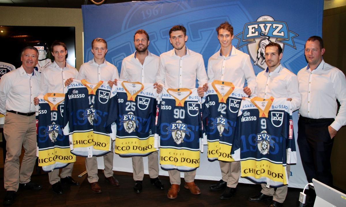 Frisches Blut fürs Team (v.l.): Headcoach Harold Kreis, Timothy Kast, Livio Stadler, Viktor Stalberg, Tobias Fohrler, Tobias Geisser, Garrett Roe, Sportchef Reto Kläy.