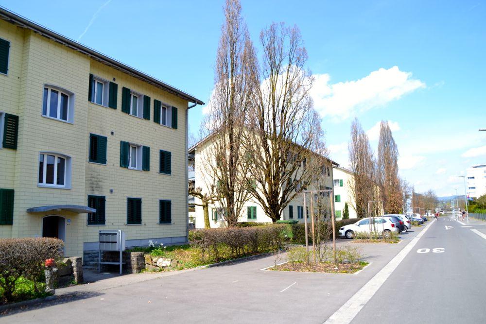 Die ungerade Hausnummern an der Aabachstrasse 19 bis 31 sind die Häuser der Gebäudeversicherung, welche Neubauten weichen sollen.