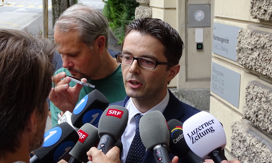 Der ausserordentliche Staatsanwalt Christoph Rüedi nimmt zum Freispruch von Achermann und Bussmann Stellung.